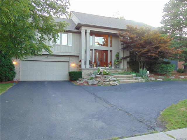 7359 Village Square Drive, West Bloomfield Twp, MI 48322 (#218071866) :: RE/MAX Classic
