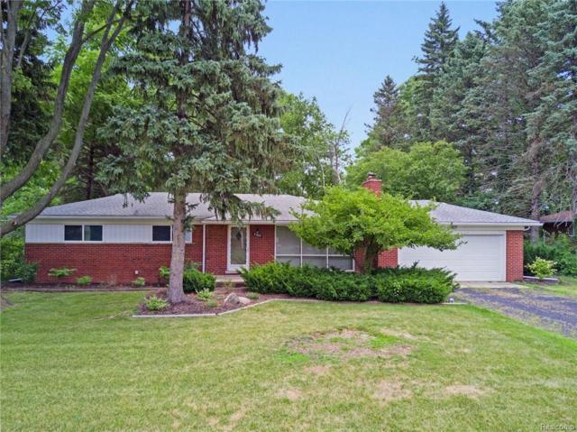 27832 Kendallwood Drive, Farmington Hills, MI 48334 (#218071943) :: RE/MAX Classic