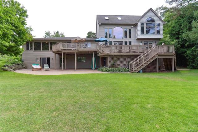 2076 Fernlock Dr, Oxford Twp, MI 48371 (#218071971) :: RE/MAX Classic