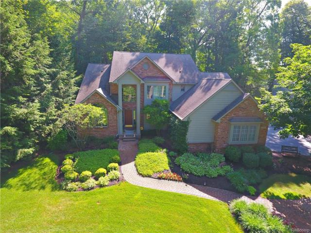 6200 Turnberry Drive, Commerce Twp, MI 48382 (#218072390) :: RE/MAX Classic