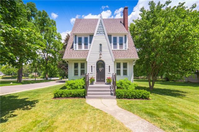 160 N Holcomb Road, City Of The Vlg Of Clarkston, MI 48346 (#218072407) :: Keller Williams West Bloomfield