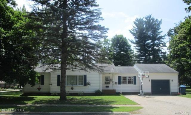 105 W Clarke Ave, COLDWATER CITY, MI 49036 (#62018036514) :: RE/MAX Nexus