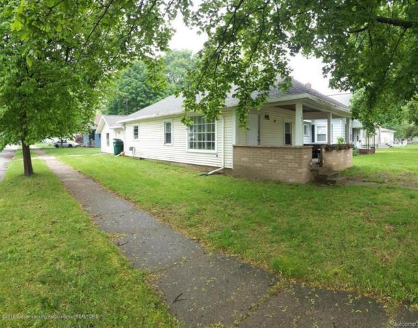 2401 Lyons Avenue, Lansing, MI 48910 (MLS #630000228979) :: The Toth Team