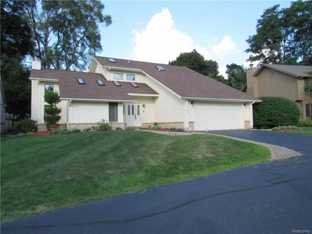 5700 Point Of The Woods Drive, West Bloomfield Twp, MI 48324 (#218073184) :: RE/MAX Classic