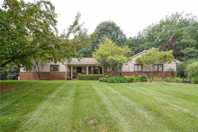 1181 Pine Ridge Court, Milford Twp, MI 48380 (#218073640) :: RE/MAX Classic