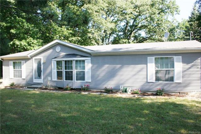 9342 Southeastern Street, White Lake Twp, MI 48386 (#218073665) :: RE/MAX Classic
