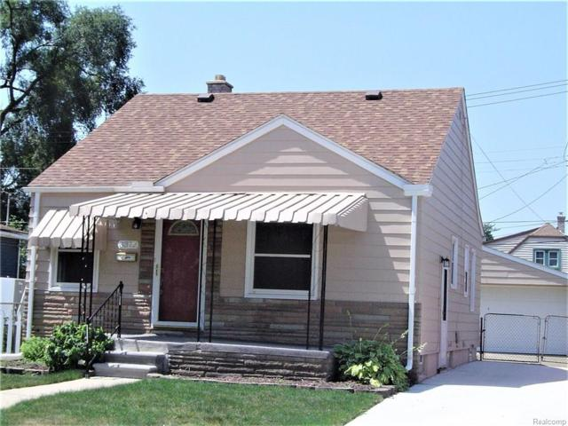 3372 18TH Street, Wyandotte, MI 48192 (#218074156) :: RE/MAX Classic