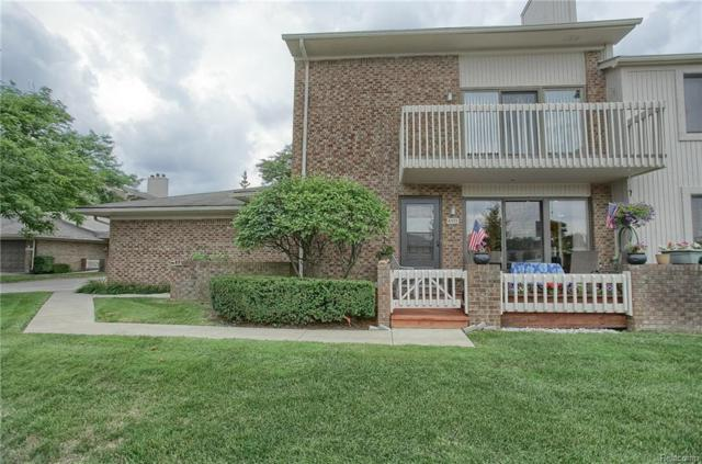 6533 Maple Lakes Ct, West Bloomfield Twp, MI 48322 (#218074531) :: RE/MAX Classic