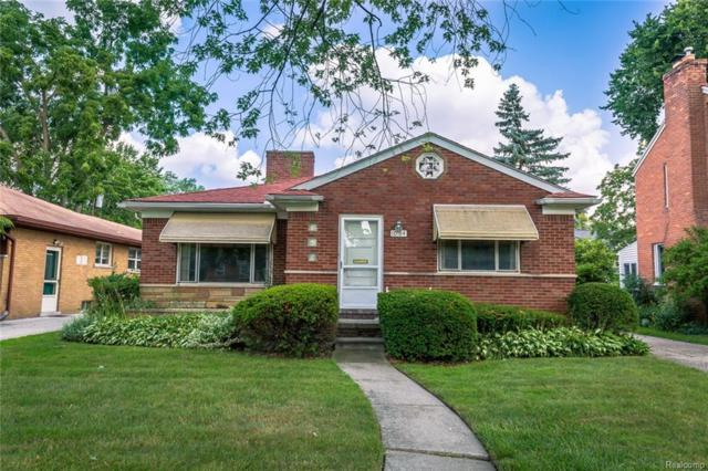 10784 Vernon Avenue, Huntington Woods, MI 48070 (#218074818) :: Duneske Real Estate Advisors