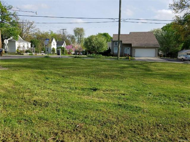 2365 Fordham ( 2 Vacant Lots), Keego Harbor, MI 48320 (#218075772) :: RE/MAX Nexus