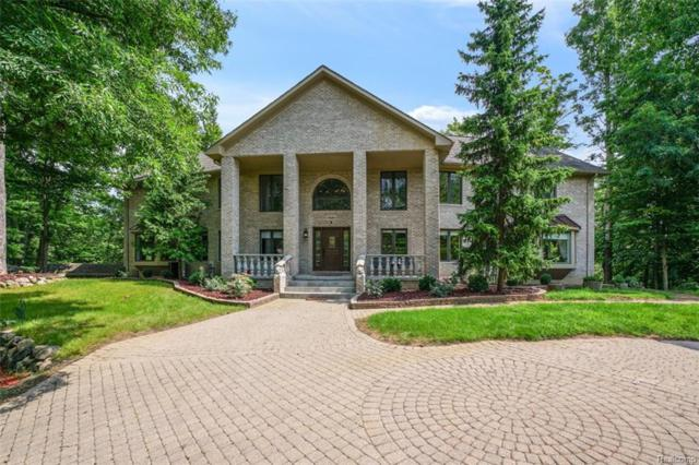 7601 Deerhill Drive, Independence Twp, MI 48346 (MLS #218076179) :: The Toth Team