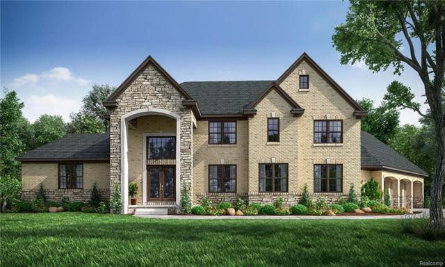 6760 Old Creek, Bloomfield Twp, MI 48301 (#218076253) :: Duneske Real Estate Advisors