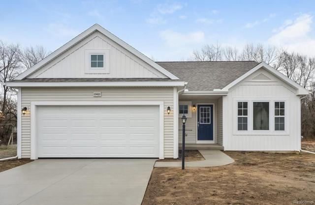 3238 Hill Hollow Lane, Howell Twp, MI 48855 (#218076278) :: The Buckley Jolley Real Estate Team
