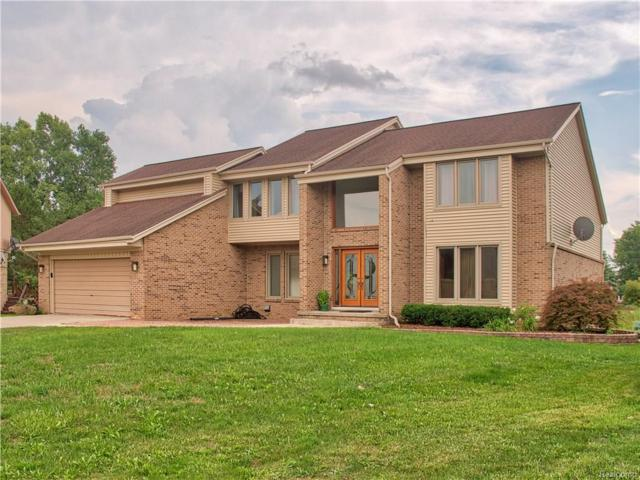 5495 Kingsway Court, West Bloomfield Twp, MI 48322 (#218076581) :: RE/MAX Classic