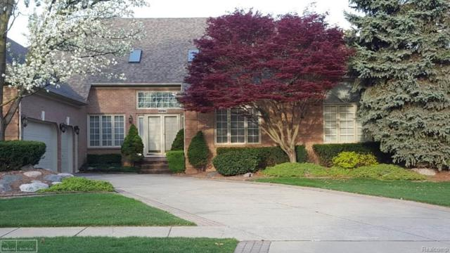 53785 Cherrywood Dr, Shelby Twp, MI 48315 (MLS #58031356578) :: The Toth Team