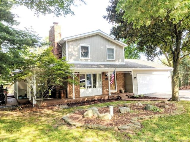 3141 Old Orchard Dr., Brighton Twp, MI 48114 (#218076977) :: The Buckley Jolley Real Estate Team