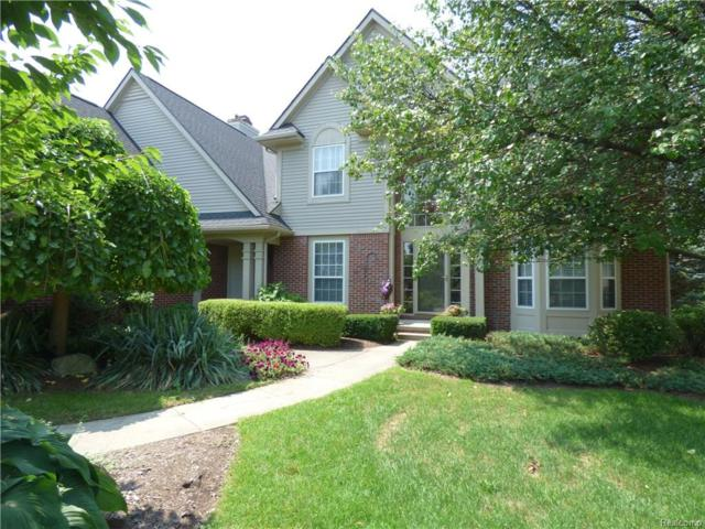2932 Greenbrooke Lane, West Bloomfield Twp, MI 48324 (#218077090) :: Duneske Real Estate Advisors