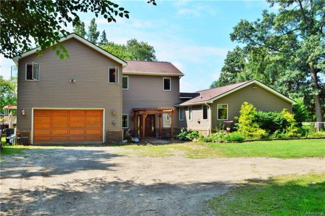 3750 Brookfield Drive, White Lake Twp, MI 48383 (#218077134) :: RE/MAX Classic