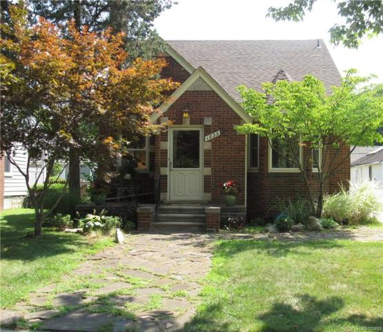 1835 Woodland Avenue, Sylvan Lake, MI 48320 (#218077199) :: RE/MAX Classic