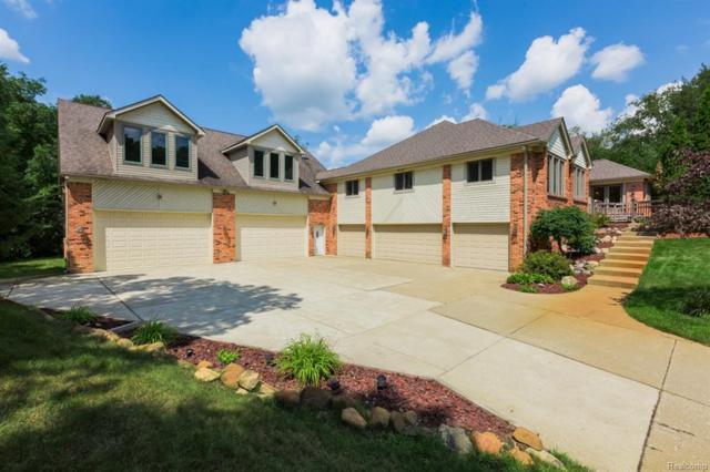 1261 Pine Ridge Rd, Milford Twp, MI 48380 (#218077271) :: RE/MAX Classic