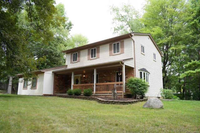 2873 Scottwood, Genoa Twp, MI 48114 (#543259396) :: The Buckley Jolley Real Estate Team