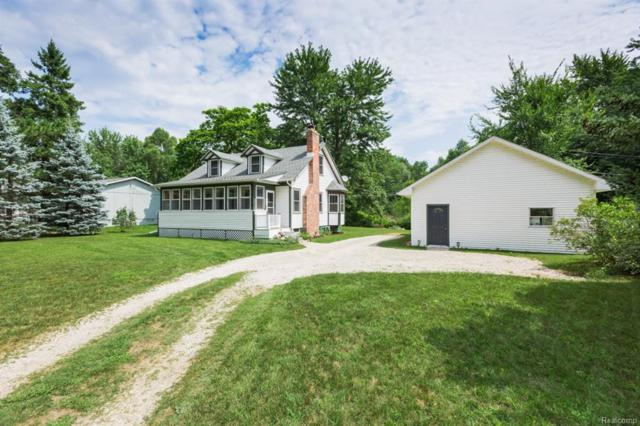 2650 Welch Road, Commerce Twp, MI 48390 (#218078018) :: RE/MAX Classic