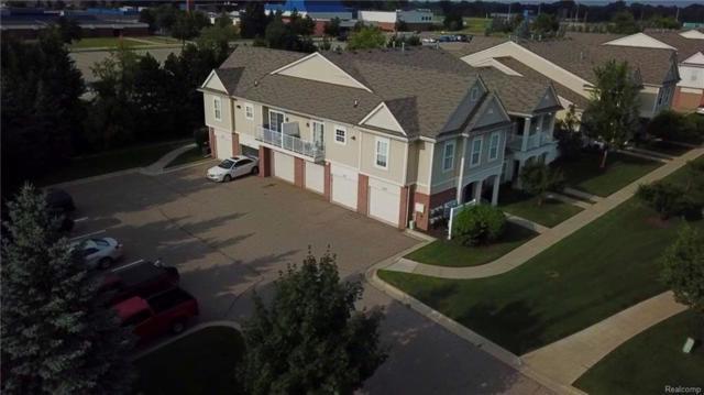 1103 Addington Drive #5, Commerce Twp, MI 48390 (#218078294) :: Duneske Real Estate Advisors