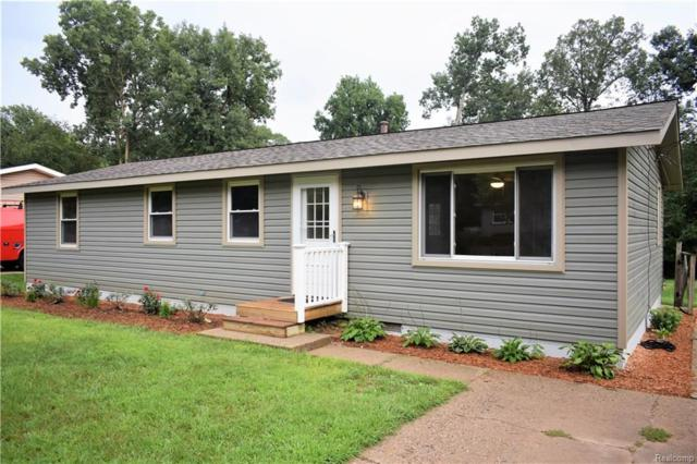 697 Snyder Road, Highland Twp, MI 48357 (#218078402) :: RE/MAX Classic