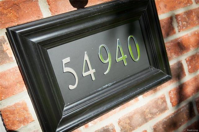 54940 Winter Court, Shelby Twp, MI 48316 (#218078480) :: Duneske Real Estate Advisors