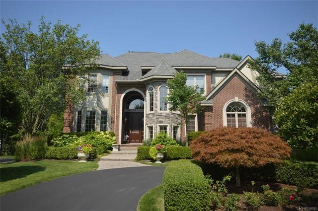 7290 Carlyle Crossing, West Bloomfield Twp, MI 48322 (#218079137) :: RE/MAX Classic