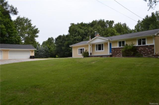 7072 N Center Road, Genesee Twp, MI 48458 (#218079184) :: RE/MAX Nexus
