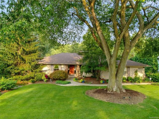 28614 Herndonwood Drive, Farmington Hills, MI 48334 (#218079651) :: RE/MAX Classic