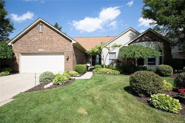 2207 Avon Lake Lane, Rochester Hills, MI 48307 (#218079878) :: RE/MAX Classic