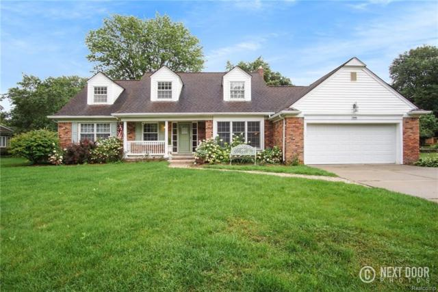 31961 Robinhood Drive, Beverly Hills Vlg, MI 48025 (#218079945) :: RE/MAX Classic