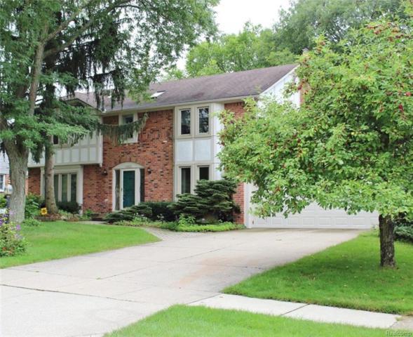6467 Red Oak Drive, Troy, MI 48098 (#218080082) :: Keller Williams West Bloomfield