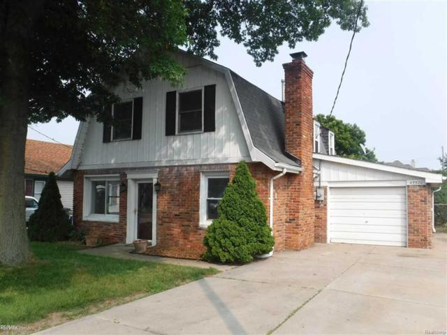 45920 Edgewater, Chesterfield Twp, MI 48047 (MLS #58031357577) :: The Toth Team