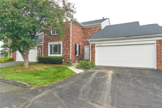 1572 Georgetown Pl, Bloomfield Twp, MI 48304 (#218081034) :: Duneske Real Estate Advisors
