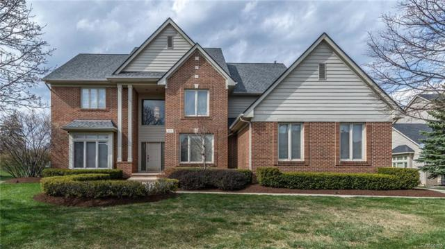 4678 Maple Creek Court, West Bloomfield Twp, MI 48322 (MLS #218082480) :: The Toth Team