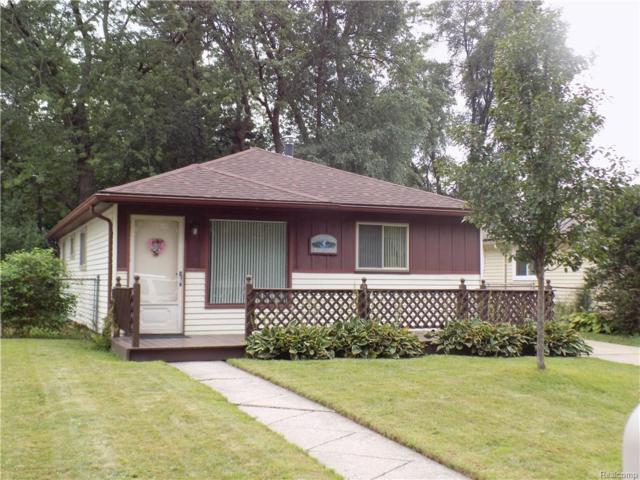 18185 Deering Street, Livonia, MI 48152 (MLS #218083124) :: The Toth Team