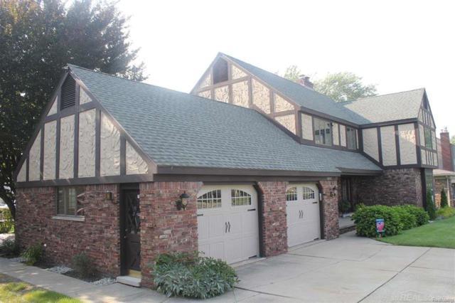38007 Lakeshore, Harrison Twp, MI 48045 (#58031358245) :: Duneske Real Estate Advisors