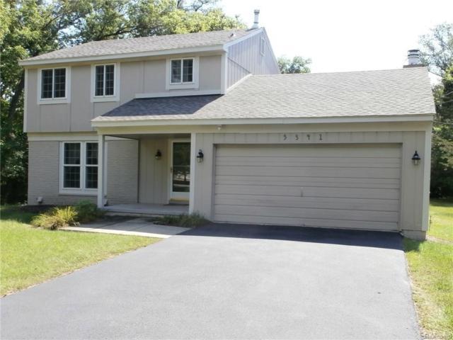 5341 Tubbs Rd, Waterford Twp, MI 48327 (#218084916) :: Duneske Real Estate Advisors
