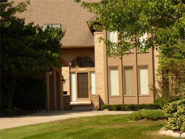 28835 Hidden Trail, Farmington Hills, MI 48331 (#218085384) :: Keller Williams West Bloomfield
