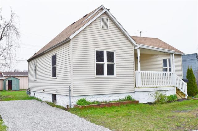1013 Beard Street, Port Huron, MI 48060 (#218086159) :: RE/MAX Classic