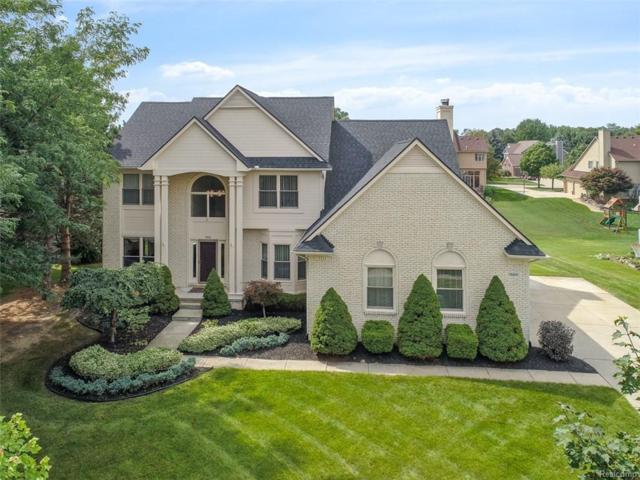 7605 Greenway Lane, West Bloomfield Twp, MI 48324 (#218086496) :: Duneske Real Estate Advisors