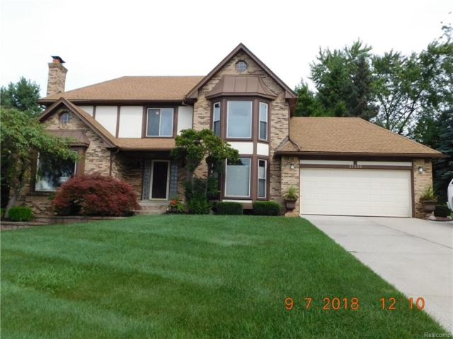 37335 Chesapeake Road, Farmington Hills, MI 48335 (#218087552) :: RE/MAX Nexus