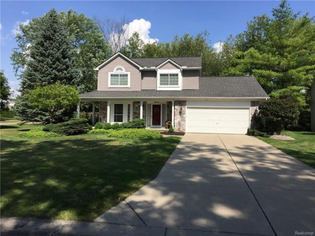 6244 Lake Waldon Court, Independence Twp, MI 48346 (#218087912) :: The Buckley Jolley Real Estate Team