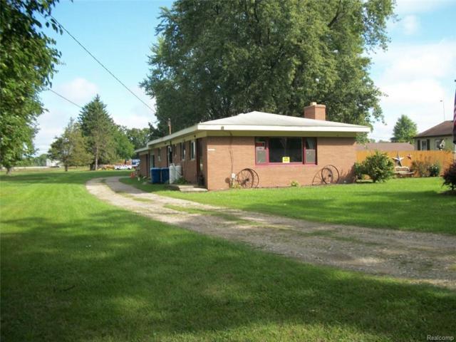 3474 W Shiawassee Avenue, Fenton, MI 48430 (MLS #218089625) :: The Toth Team