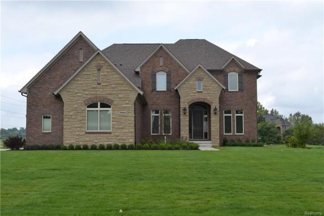 2684 Invitational Drive, Oakland Twp, MI 48363 (MLS #218090124) :: The Toth Team