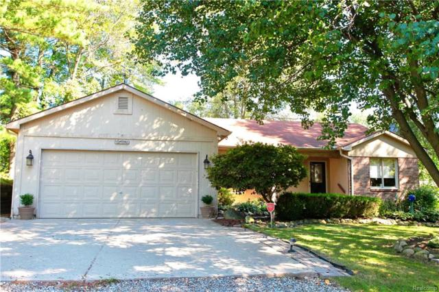 1397 Woodfield, Lake Orion Vlg, MI 48362 (MLS #218090373) :: The Toth Team