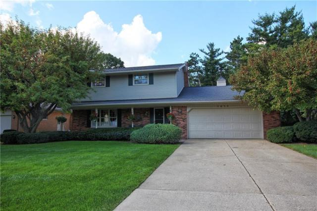 2656 Montebello, Waterford Twp, MI 48329 (MLS #218090547) :: The Toth Team